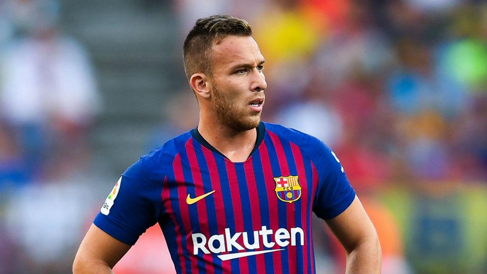 Arthur durante un partido con el Barcelona. (Getty)