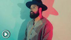 El artista neozelandés Noah Slee debuta en España con dos conciertos en Madrid y Barcelona.