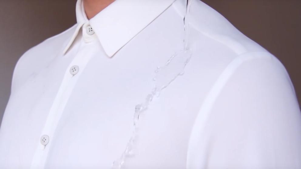 Las camisas que no huelen ni se manchan llegan al armario de las mujeres (Foto: Sepiia)