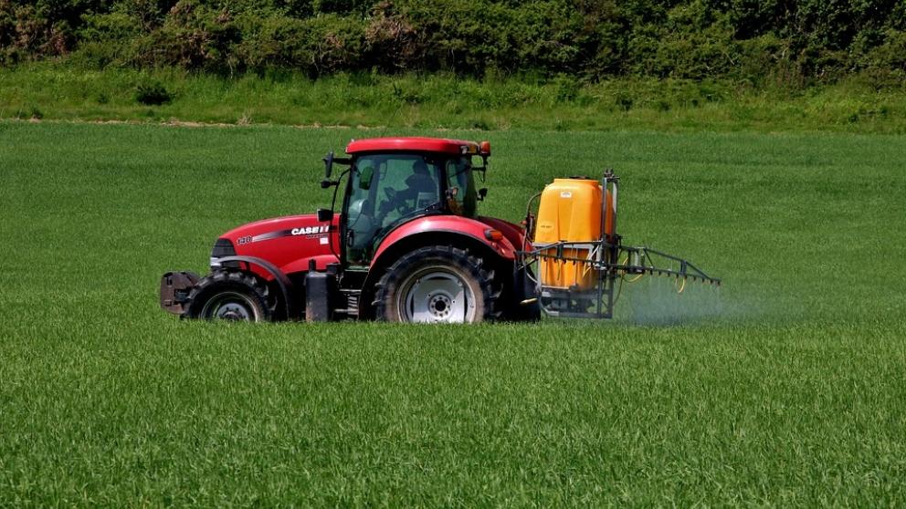 El bromo, utilizado en los insecticidas.