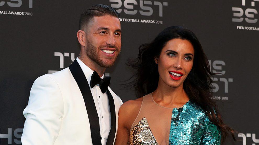 Pilar Rubio junto a Sergio Ramos durante la gala del The Best. (Getty)
