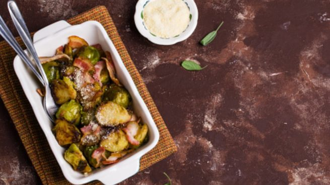 Coles de Bruselas con jamón, una receta para cuidarse y disfrutar