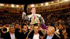 Diego Udriales sale a hombros este domingo en Las Ventas (Foto: EFE).