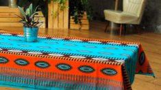 Un mantel puede ganar en originalidad y estilo si decides decorarlo