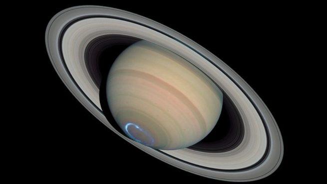lluvia en los anillos de Saturno