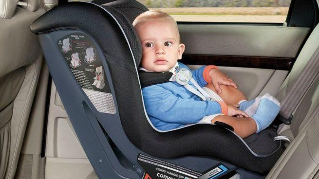 no olvidarte a tu hijo en el coche