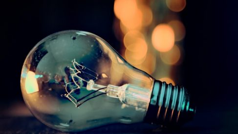 La fórmula de la energía cinética tiene muchas aplicaciones de lo más comunes.