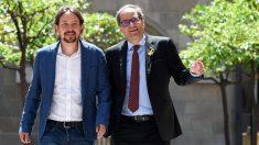 Pablo Iglesias y Quim Torra. (Foto: AFP)