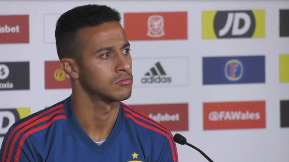 Thiago Alcántara, en rueda de prensa. (SeFutbol)