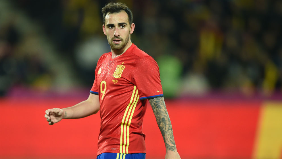 Paco Alcácer, con España. (AFP)