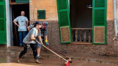 Mallorca se afana por limpiar las zonas afectadas por as riadas.