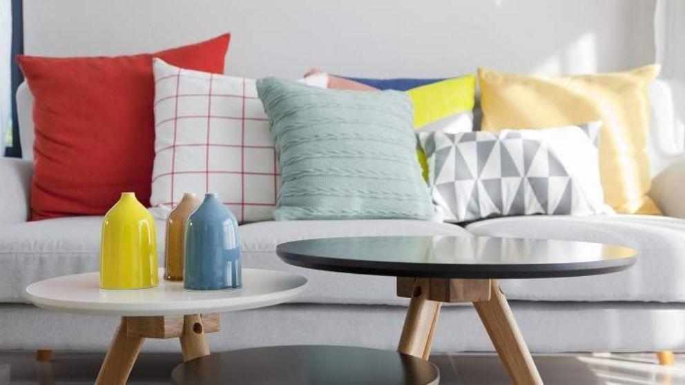 C mo decorar sof s con cojines - Decorar cama como sofa ...