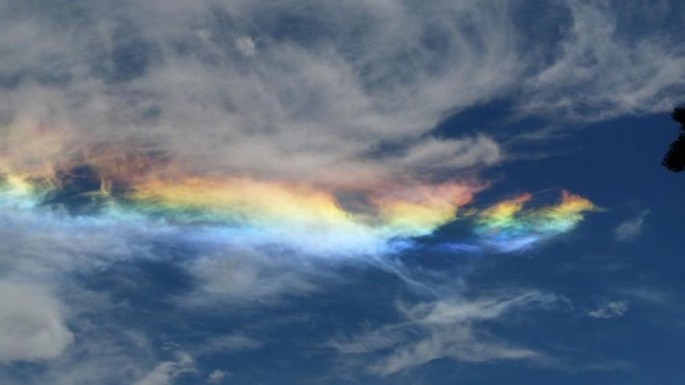Conoce el sorprendente fenómeno del arco iris de fuego