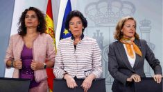 María Jesús Montero, Isable Celaá y Nadia Calvino