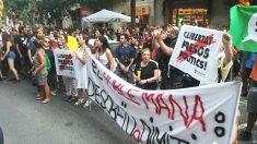 Una manifestación de los CDR delante de la sede del PDeCAT el pasado 2 de agosto (Foto: Europa Press)