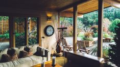 Un patio interior puede ser un espacio perfecto para el relax