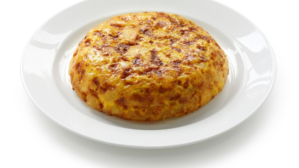 Receta de tortilla de patatas con huevos de codorniz