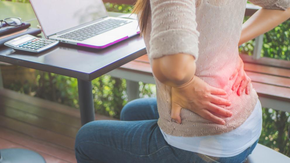 Podemos realizar ejercicios para aliviar el dolor lumbar