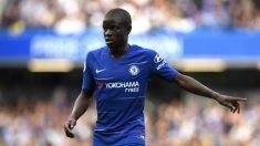 N'Golo Kanté durante un partido con el Chelsea. (Getty)