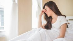 Existen muchas otras posibles causas que provocan mareos al acostarse en la cama.