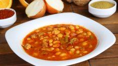 Receta de alubias con tomate y cebolla