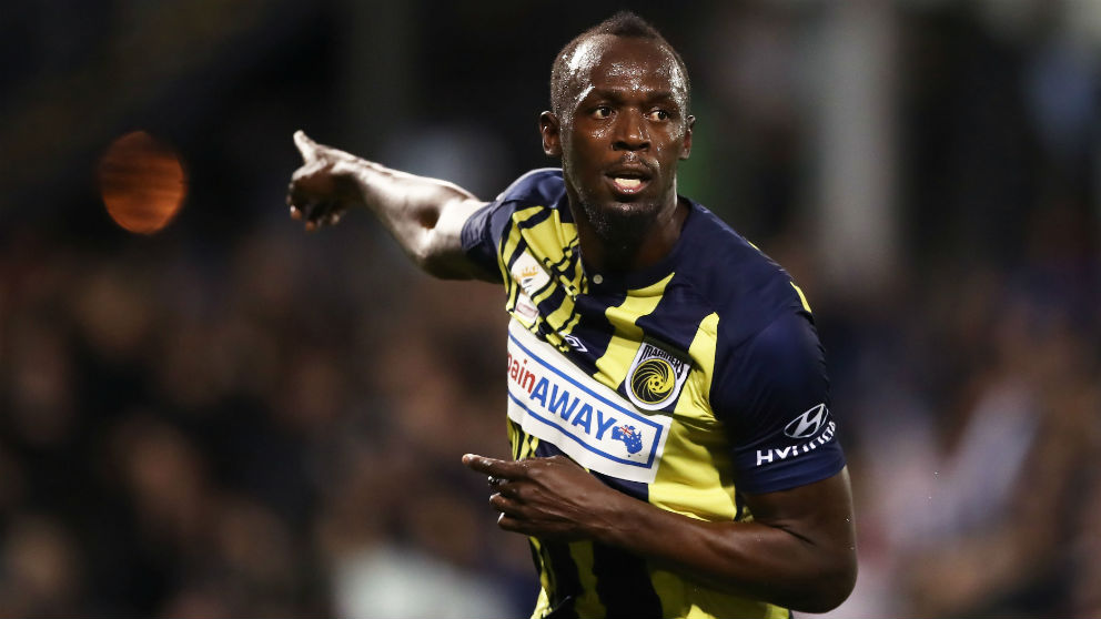 Usain Bolt, en un partido. (Getty)