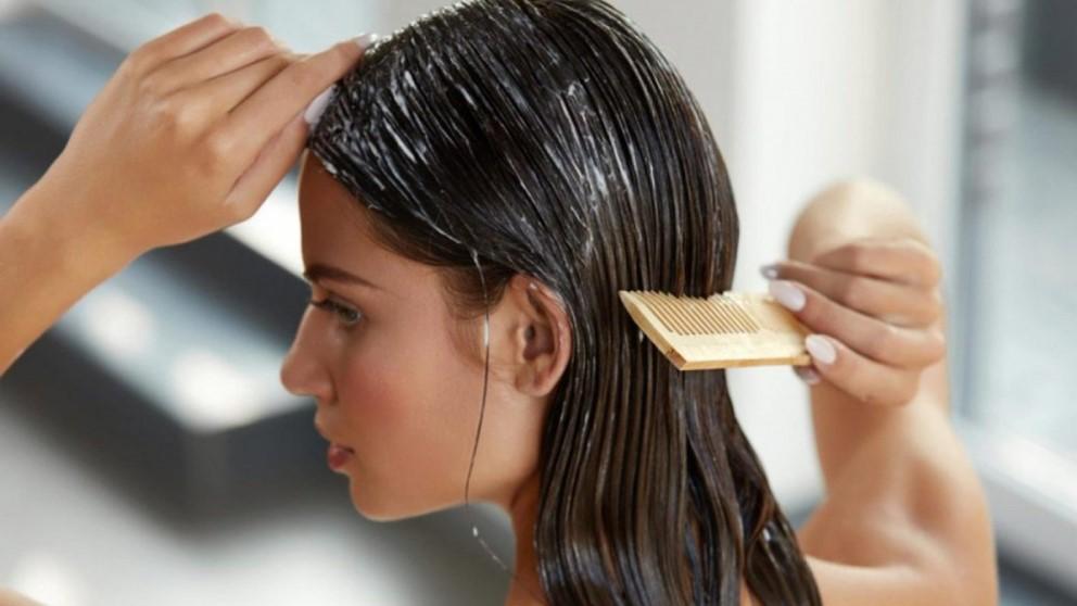 Con bicarbonato podrás alisar tu pelo sin utilizar secador ni planchas