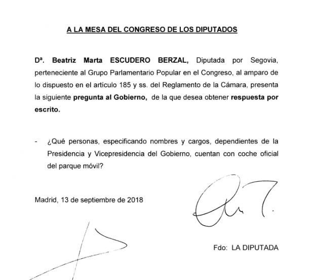 Sánchez oculta cuántos altos cargos de su 'núcleo duro' disfrutan de coche oficial