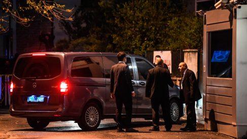 La calle de la embajada de Arabia Saudí en Turquía donde fue asesinado el periodista Jamal Khashoggi. Foto: AFP
