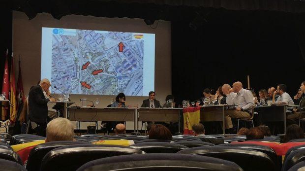 El PSOE de Madrid vota en contra de que la bandera de España ondee en un edificio municipal