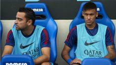 Xavi y Neymar durante su etapa en el Barcelona. (Getty)