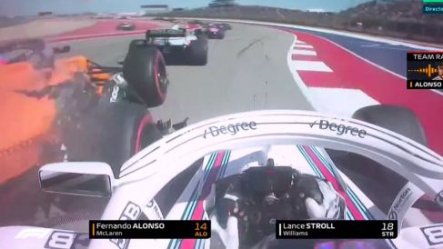 Stroll chocó su Williams contra el coche de Alonso.