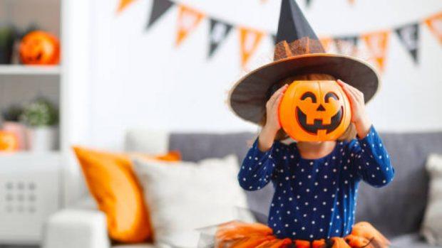 hacer una fiesta de halloween