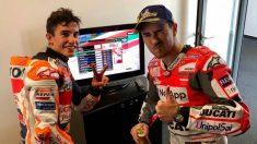 Lorenzo y Márquez, tras un Gran Premio.