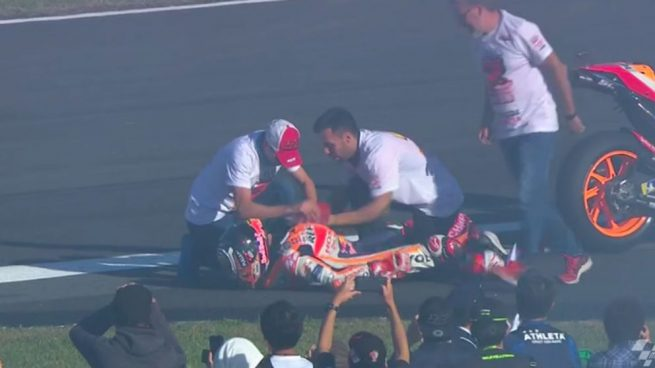 A Márquez se le salió el hombro en plena celebración