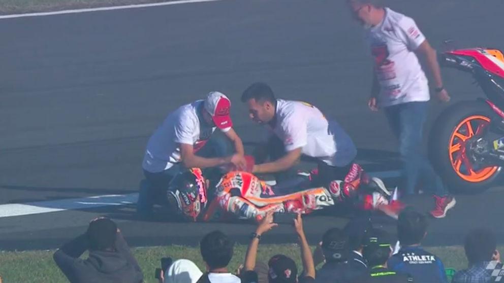 A Márquez tuvieron que colocarle el hombro.