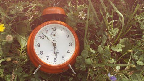 ¿Qué tenemos que hacer en octubre, ¿adelantar o atrasar el reloj?