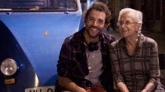 La actriz española Antonia Guzmán junto a su nieto Daniel, también actor y director español.
