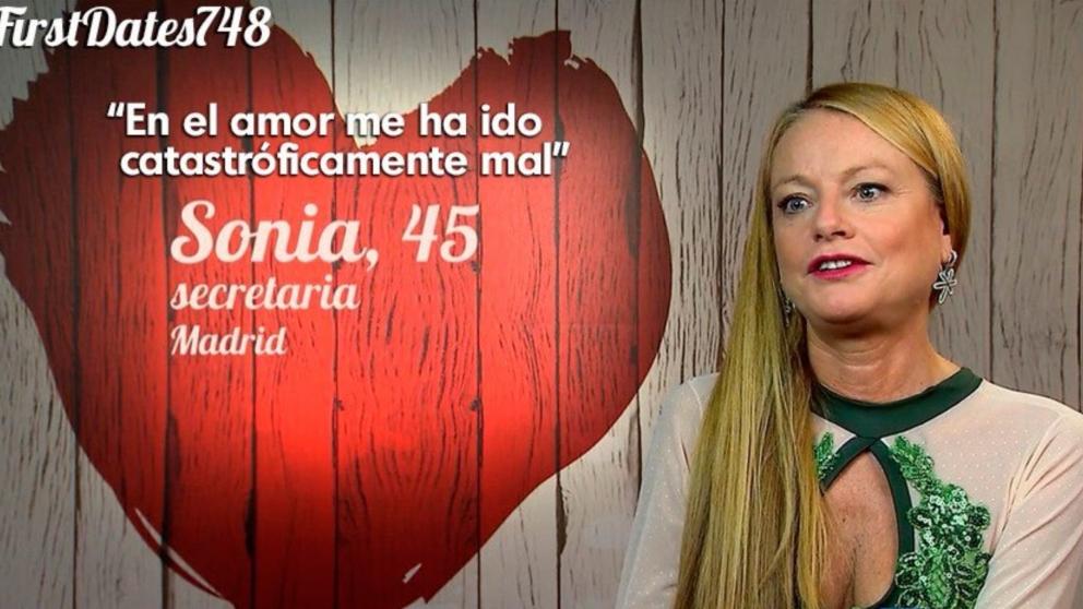 Sonia se declara muy tradicional en la pareja en 'First Dates'.