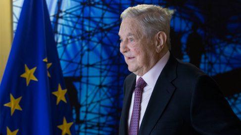 George Soros es un multimillonario especialista en entrar en mercados en crisis para aprovechar la ola de recuperación. Foto: AFP