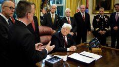 Donald Trump en el despacho oval de la Casa BLanca (Foto: AFP)