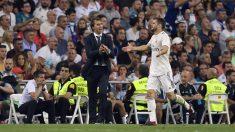 Lopetegui anima a Nacho durante el Real Madrid – Viktoria Plzen del martes. (AFP)