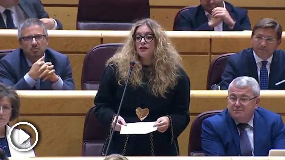 La senadora del PP Ester Muñoz le saca los colores a la ministra de Justicia, Dolores Delgado