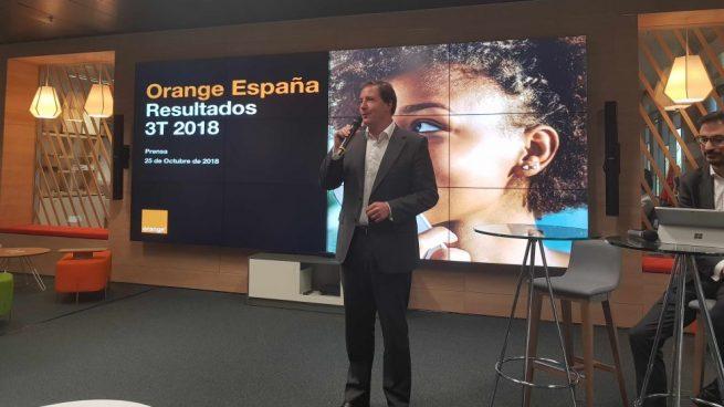 El CEO de Orange España carga contra la tasa digital y a la banca: «Ya tenemos muchas tasas específicas»