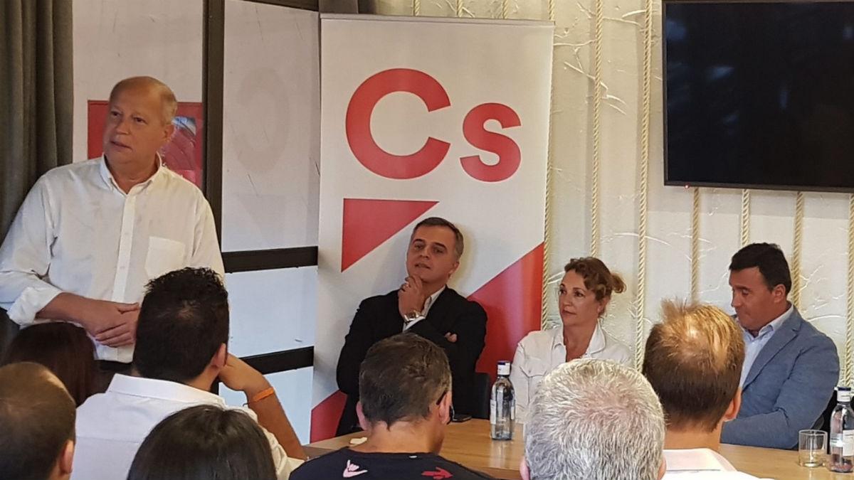 Ciudadanos expulsa a un militante por denunciar posible fraude electoral (EP).