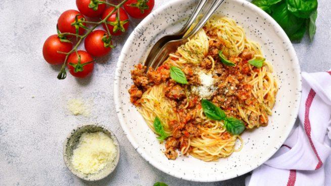 Receta de espaguetis con hortalizas a la siciliana