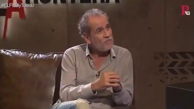 El actor Willy Toledo durante su entrevista con Juan Carlos Monedero