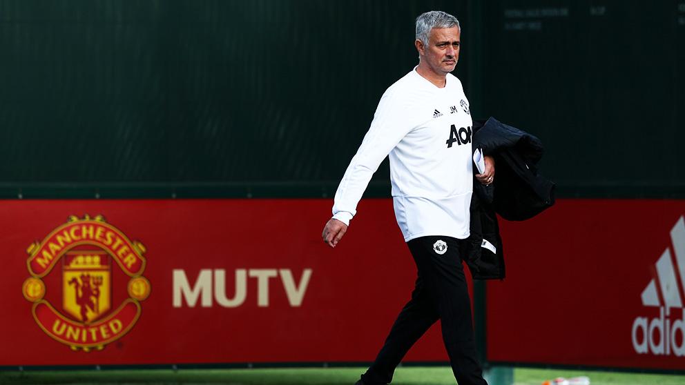 Mourinho en un entrenamiento del United.