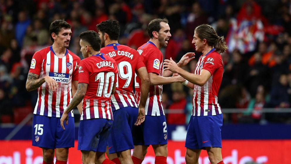 Los jugadores del Atlético de Madrid celebran un gol contra la Real Sociedad. (EFE)