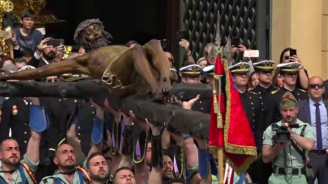 Sánchez prohibirá a las bandas militares actuar en actos religiosos